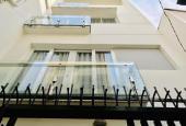 Nhà 5 tầng, 5 PN, DT 40m2, đường Nguyễn Công Hoan, giá 6,3 tỷ