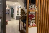 Bán nhanh: Khách sạn kinh doanh tốt Hải Châu 1, cách cầu Rồng 5p, LH: 0913300367
