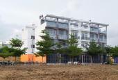 Bán nhà phố TT Nhà Bè, sát Phú Mỹ Hưng, diện tích 4x13m, 1 trệt, 3 tầng, 4PN, 5WC. LH 0935531351