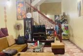 Bán nhà Thịnh Quang, 3 tầng, 2 ngủ, tặng nội thất xịn, ba bước tới ô tô, Q. Đống Đa.