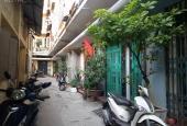 Nhà đẹp ở ngay, phố Tôn Thất Tùng, Quận Đống Đa, 35m2. Liên hệ 0967354893