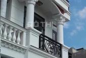 Cần bán gấp nhà 1 trệt 2 lầu mặt tiền đường Bạch Vân, 62m2 ngang 4,5m, 3,8 tỷ. Sổ riêng