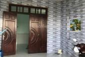 Bán gấp căn nhà 1 sẹc Phan Văn Hớn - Hóc Môn, đường lớn đang cho thuê KD được. LH: 0762942298