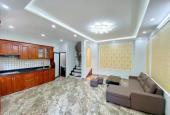 Nhà đẹp đón tết, phố Nguyễn Sơn, Quận Long Biên, 5 tầng, 45m2, 3.8 tỷ. LH 0988137676