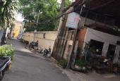 Chính chủ cần bán nhà 2 mặt hẻm, HXH, giá rẻ tại Q. Tân Phú