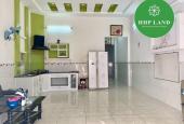 Cho thuê nhà nguyên căn có sẵn nội thất cơ bản thuộc phường Trảng Dài, gần hồ bơi Phương Nam