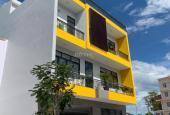 Nhà nguyên căn mặt tiền rộng 10m, nội thất 5 phòng ngủ TP. Nha Trang. LH 0905330303