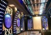 Siêu phẩm cho thuê nhà 8 tầng có thang máy mặt phố Đê La Thành, giá rẻ, 0964897923