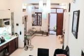 Cần bán gấp nhà đẹp ở ngay Nguyễn Lương Bằng, Đống Đa 60m2, MT hơn 5m, chỉ 4,55 tỷ