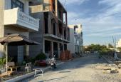 Bán nhà mặt phố dự án chợ và nhà phố thị xã Bình Minh