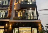 Bán nhà phố hiện đại, nội thất sang trọng nằm đường Đào Tông Nguyên, Nhà Bè