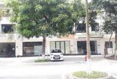 Cho thuê mặt bằng tầng 1 DT 93m2 căn shophouse liền kề giá cực tốt chỉ 7 triệu/tháng. LH 0367857907