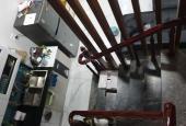 Gia đình bán nhà Khâm Thiên, sàn gỗ Hương, sân riêng, để lại đồ, thuê thiết kế riêng 2.78 tỷ