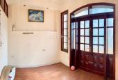 Bán nhà mặt phố Lê Thanh Nghị, 90m2, MT 4.5m, giá bán 30 tỷ, LH 094.286.1188