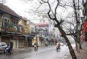 Cho thuê nhà mặt phố Khâm Thiên DT 30m2, MT 3m có cửa kính vuông vắn, sạch sẽ giá chỉ 12 triệu/th