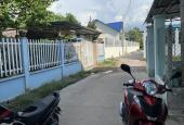 Nhà cần bán lô đất ngay chợ Tân Phước Khánh