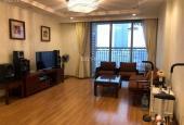 Bán căn hộ chung cư cao cấp Vinhomes Nguyễn Chí Thanh, căn góc tầng 21 view hồ Ngọc Khánh