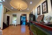 Bán nhà phố Nguyên Hồng, Đống Đa, DT: 90m2, 4 tầng đẹp, ô tô tránh, gara ô tô