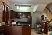 Nhà gần phố Nguyễn Văn Cừ, 4 tầng, 50m2, ô tô đỗ giá 3.75 tỷ. Lh 0868601324
