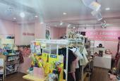 Nhà mặt phố Đặng Văn Ngữ, 50m2, MT 5m, giá 18tr/th, nhà mới đang kinh doanh thời trang