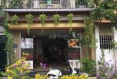Cần bán gấp nhà mặt tiền siêu rộng, gara ô tô, DT 70 m2 giá 4,8 tỷ, phố Ngọc Thụy, Long Biên