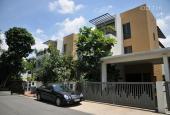 Bán biệt thự compound Riviera Villa Quận 2, DT 302m2, nội thất đẹp, giá tốt 55 tỷ. LH 0934020014