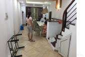 Cần bán nhà ở 45 Kim Mã Thượng, 45m2 x 3 tầng, SĐCC cách mặt đường 100m