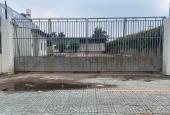 Cho thuê làm bãi xe mặt tiền Lê Thị Riêng, 3200 m2. Giá 70 tr/th