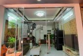 Chính chủ cần bán nhà đẹp 30m2 x 5 tầng ở Hoàng Mai, P. Hoàng Văn Thụ, để lại nội thất gắn tường