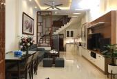 Bán nhà riêng ngõ 221 Vĩnh Hưng giá 850 triệu, 30m2, MT 5m, ngõ nông