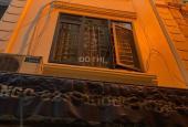 Bán nhà Hồng Hà, quận Hoàn Kiếm 35m2 - 5 tầng - MT 4m - Ô tô đỗ cửa, giá 4,3 tỷ