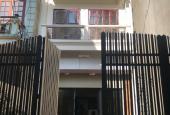 Cho thuê gấp nhà Mạc Thái Tổ DT 40m2 * 2.5 tầng, MT 5m, đường rộng, 15 tr/th LH A Trung 0387606080