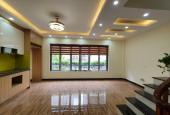 Bán nhà Cổ Linh, Long Biên, diện tích 45m2 giá 2.7 tỷ, nhà mới
