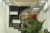 Bán gấp nhà tại Vĩnh Hồ, Đống Đa, 5 tầng, giá 6.5 tỷ