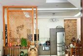 Bán nhà Giang Biên, ngõ ô tô tránh view vườn hoa để lại hầu hết nội thất