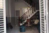 Chính chủ bán gấp căn nhà 1 trệt 1 lầu 80m2, gần chợ Bình Chánh, sổ hồng riêng, giá 1 tỷ 300 triệu