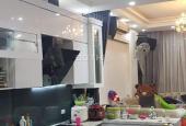 Chính chủ bán nhà mặt phố Trần Quang Khải, 55m2, 8 tỷ 300, ô tô đỗ cửa,vào nhà