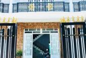 Cần sang nhượng căn nhà 130m2, sổ hồng riêng, ngay mặt tiền đường Tân Đức, Đức Hòa Hạ. 0938.192.162