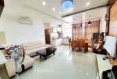 Bán gấp căn hộ Hoàng Kim 82m² 3pn2wc, giá rẻ 2.35tỷ, full nội thất, sổ hồng