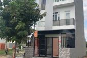 Bán nhà hướng Đông 88m2, đường Số 12 ra HL11, SHR, tặng nội thất, xã Bình Chánh, H. Bình Chánh