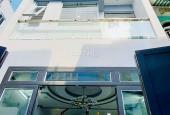 Nhà 1 trệt, 1 lầu đường D5 BT 69m2 giá TT 810 triệu gần đại học GTVT sổ riêng, LH 0776645062