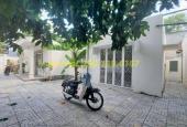 Nhà đường Trần Não 450m2 sân vườn rộng - Để ở, làm văn phòng hoặc kinh doanh giá 35 triệu/th