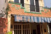 Đáo hạn NH bán gấp nhà 1T 1L đường Nguyễn Hữu Thọ, Q7 68m2 - TT 870tr, gần chợ, SHR, lh 0937597734