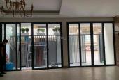 Cho thuê nhà riêng ngõ 28 Nguyên Hồng, có thang máy, DT 65m2/sàn