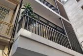 Cần cho thuê nhà đẹp nhất 565 Lạc Long Quân, 55m2 x 5 tầng, thang máy, full đồ xịn