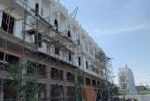 Cần bán nhà phố 1 trệt 1 lửng 3 lầu mặt tiền Hà Huy Giáp Q. 12, giá chỉ 5,2 tỷ