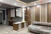 Chủ cần bán gấp nhà đẹp, ốp gỗ sang trọng, thiết kế ngôi nhà hiện đại có nhiều không gian mở