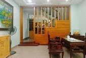 Nhà đẹp mặt ngõ phố Thịnh Quang, 40m2 x 4T, MT 4m, giá 3,2 tỷ. LH 0911551516