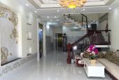 Cho thuê nhà mặt tiền đường Đinh Tiên Hoàng, trệt 2 lầu, dt: 4,5x22m, giá 25 triệu/th