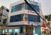 Cho thuê nhà góc 2MT 222 Phạm Hùng, Quận 8 DT: 4x10m, KC: 1 trệt 2 lầu. Giá chỉ 40 triệu/tháng